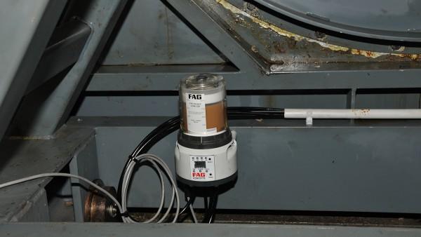 Sistema de lubricación CONCEPT8 de Schaeffler en la base del soporte del ventilador