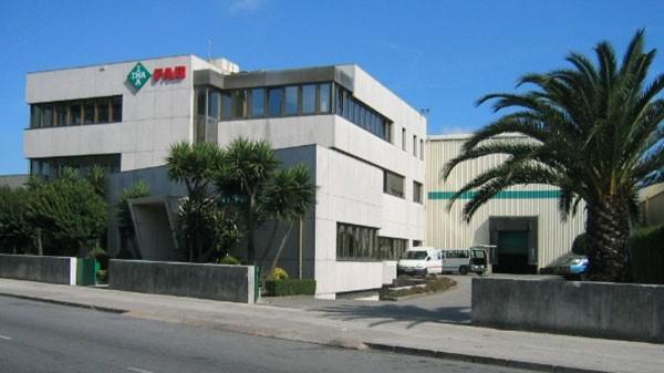INA Rolamentos, Lda. se traslada a las actuales instalaciones de Porto.