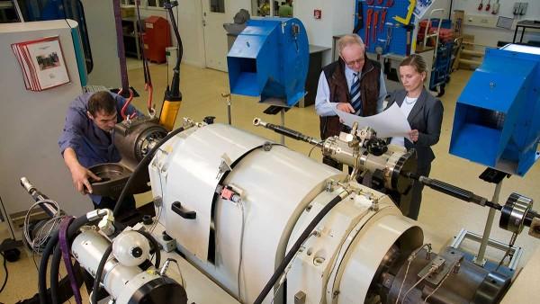 Centro de ensayos para aplicaciones ferroviarias, validación y reacondicionamiento de rodamientos